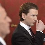 Sebastian Kurz külügyminiszter a szeptemberi választások eredményeképpen megalakult új nagykoalíciós osztrák kormány ünnepélyes beiktatásán a bécsi államfői rezidencián, a Hofburgban 2013. december 16-án. (MTI/EPA/Hans Klaus Techt)