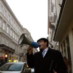 Adócsalási vád - Civilek tüntettek Horváth András mellett