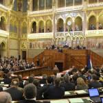 Orbán Viktor miniszterelnök szólal fel napirend előtt az Országgyűlés plenáris ülésén 2014. február 3-án. MTI Fotó: Kovács Attila
