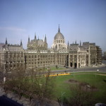 Budapest, 1965. március 1. Az Országház épülete. MTI Fotó: Járai Rudolf