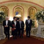 Orbán Viktor miniszterelnök (j2) felesége, Lévai Anikó (b2), valamint Fekete György, a Magyar Művészeti Akadémia (MMA) elnöke (b) és Kucsera Tamás, az MMA főtitkára (j) társaságában érkezik a felújított Pesti Vigadó avatására 2014. március 14-én. MTI Fotó: Kovács Tamás