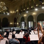 A Budapesti Filharmóniai Társaság Zenekara próbát tart a felújított Pesti Vigadóban, amelynek átadási ünnepségét 2014. március 14-én este tartják. MTI Fotó: Kovács Tamás