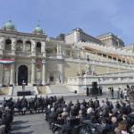 Orbán Viktor miniszterelnök beszédet mond a Várkert Bazár megújult épületegyüttesének ünnepélyes átadásán 2014. április 3-án. A világörökség részét képező műemlék fejlesztésének első ütemében teljesen felújították a kétszáz éve született Ybl Miklós által tervezett részeket, kialakítottak egy összesen 2500 négyzetméteres kiállítóteret, valamint egy 900 négyzetméteres rendezvénytermet is. MTI Fotó: Koszticsák Szilárd