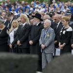 Jiszrael Meir Lau tel-avivi főrabbi holokauszt-túlélő (j6), Forgács János holokauszt-túlélő, Ilan Mor, Izrael  budapesti nagykövete (j4) és Herczegh Anita, a magyar köztársasági elnök felesége (j3) a Nemzetközi Élet Menete megemlékezésén az egykori auschwitzi koncentrációs táborban Oswiecimben 2014. április 28-án. A megemlékezésen ötvennégy ország képviselőinek részvételével, a magyar zarándokokkal az élen vonult végig a Nemzetközi Élet Menete az auschwitzi egykori haláltáborból a mintegy három kilométerre lévő birkenaui emlékhelyre. MTI Fotó: Kallos Bea