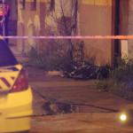 Női holttestet Budapesten, a IV. kerületi Pozsonyi utcában 2014. április 28-án. A nő halálának okát orvosszakértői vizsgálat tisztázza majd. MTI Fotó: Mihádák Zoltán
