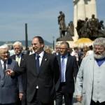 Elöl balról Boross Péter korábbi miniszterelnök, a Nemzeti Emlékhely és Kegyeleti Bizottság elnöke, Patyi András, a Nemzeti Választási Bizottság (NVB) elnöke (k), Szőcs Géza költő, kormánybiztos (j), mögöttük Zsigmond Attila, a Nemzeti Emlékhely és Kegyeleti Bizottság tagja (b) és Wachsler Tamás, Steindl Imre-program vezetője (j2) Tisza István egykori miniszterelnök újjáépített szobrának ünnepélyes avatóján Budapesten, a Kossuth téren 2014. június 9-én. Az alkotás Elek Imre szobrászművész munkája. MTI Fotó: Beliczay László