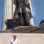 Elek Imre szobrászművész, Tisza István egykori miniszterelnök újjáépített szobrának alkotója a szobor ünnepélyes avatója után Budapesten, a Kossuth téren 2014. június 9-én. MTI Fotó: Lakatos Péter