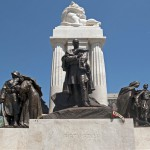 Tisza István egykori miniszterelnök újjáépített szobra az ünnepélyes avatón Budapesten, a Kossuth téren 2014. június 9-én. MTI Fotó: Lakatos Péter