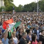 Nemzetiszínű zászló a Szabadságkoncerten, a budapesti Hősök terén MTI Fotó: Koszticsák Szilárd