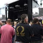 Gyülekeznek az érdeklődők a Szabadságkoncertre a budapesti Hősök terén 2014. június 16-án. Az ingyenes koncerten fellép az Omega együttes és a hard  rock német sztárzenekara, a Scorpions. A zenei esemény a Nagy Imre és mártírtársai 1989-es újratemetése, valamint a rendszerváltoztatás 25. évfordulója alkalmából szervezett eseménysorozat része.MTI Fotó: Kovács Tamás