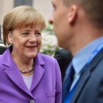 Brüsszel, 2014. június 27.  Angela Merkel német kancellár érkezik az EU-országok állam-, illetve kormányfőinek csúcstalálkozójára Brüsszelben 2014. június 27-én, a találkozó második napján. (MTI/EPA/Stephanie Lecocq)