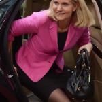 Brüsszel, 2014. június 27.  Helle Thorning-Schmidt dán miniszterelnök érkezik az EU-országok állam-, illetve kormányfőinek csúcstalálkozójára Brüsszelben 2014. június 27-én, a találkozó második napján. (MTI/EPA/Stephanie Lecocq)