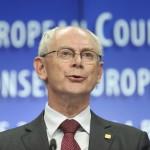 Brüsszel, 2014. június 27.  Herman Van Rompuy, az Európai Tanács elnöke sajtóértekezletet tart az EU-országok állam-, illetve kormányfőinek csúcstalálkozója után Brüsszelben 2014. június 27-én. Az Európai Tanács Jean-Claude Juncker volt luxemburgi kormányfőt jelölte az Európai Bizottság élére. (MTI/EPA/Olivier Hoslet)