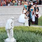 Nyitótánc a 189. Anna-bálon a balatonfüredi Anna Grand Hotel parkjában 2014. július 26-án. MTI Fotó: Mátyus Tamás