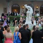 Résztvevők a 189. Anna-bálon a balatonfüredi Anna Grand Hotel parkjában 2014. július 26-án. MTI Fotó: Mátyus Tamás