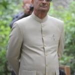 Malaj Misra, India magyarországi nagykövete a 145 évvel ezelőtt született Mahatma Gandhi szobrának avatóünnepségén, a Pécsi Tudományegyetem Ifjúság úti botanikus kertjében 2014. október 2-án. MTI Fotó: Lendvai Péter