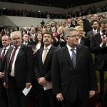 Áder János köztársasági elnök (k), mellette Bronislaw Komorowski lengyel (j), Milos Zeman cseh (j3) és Andrej Kiska szlovák elnök (j4) elnök a lipcsei Gewandhause kulturális központban megrendezett ünnepségen 2014. október 9-én. Áder János államfő Németország szövetségi elnökével és a visegrádi országok államfőivel együtt részt vesz Lipcsében a volt NDK-ban lezajlott békés forradalom 25. évfordulójára rendezett ünnepségeken. MTI Fotó: Bruzák Noémi