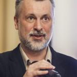 Kántor Zoltán, az intézet igazgatója a Nemzetpolitikai Kutatóintézet A szlovákiai helyhatósági választások értékelése című rendezvényén a fővárosi Magyarság Házában 2014. november 17-én. MTI Fotó: Szigetváry Zsolt