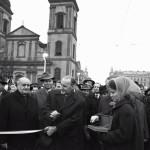 1964. november 21. Kádár János, a Magyar Szocialista Munkáspárt Központi Bizottságának első titkára, a Minisztertanács elnöke és Csanádi György közlekedés- és postaügyi miniszter (b) átadja a forgalomnak az újjáépített Erzsébet hidat. MTI Fotó: Vigovszki Ferenc