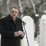 Heisler András, a Magyarországi Zsidó Hitközségek Szövetségének (Mazsihisz) elnöke beszédet mond a Kozma utcai zsidó temető első világháborús hősi parcellájának felújítása alkalmából tartott megemlékezésen 2015. január 26-án. MTI Fotó: Koszticsák Szilárd