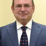 Lantos Csaba, egészségügyi befektetéseiről ismert üzletember sajtótájékoztatón Budapesten, a Róbert Rendelőintézetben 2015. január 12-én. A tájékoztatón bejelentették, hogy a Róbert Károly Magánkórház megvásárolta a Telki Kórház Kft. Budakeszi úton található rendelőintézetét, amelyet Róbert Rendelőintézet néven működtet tovább. MTI Fotó: Soós Lajos