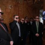 Résztvevők térhatású filmet néznek a Tapolcai-tavasbarlang látogatóközpontjának avatásán 2015. január 20-án. Balra Fazekas Sándor földművelésügyi miniszter. MTI Fotó: Nagy Lajos