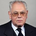 Dr. Rózsa Huba teológus, a Pázmány Péter Katolikus Egyetem professor emeritusa, római katolikus lelkipásztor, aki átvette a Széchenyi-díjat az 1848-49-es forradalom és szabadságharc kitörésének évfordulója alkalmából tartott ünnepségen a Parlamentben 2015. március 15-én. MTI Fotó: Kovács Attila