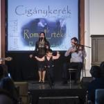 A Romengo Együttes előadása a Cigánykerék fesztivál gálaestjén, amelyet a nemzetközi roma nap alkalmából tartottak a Magyarság Házában 2015. április 8-án. MTI Fotó: Szigetváry Zsolt