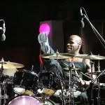 Kirk A. Johnson dobos a színpadon 2007. július 24-én este a Petőfi Csarnokban, ahol Candy Dulfer holland származású szaxofonművész adott koncertet. MTI Fotó: Bruzák Noémi