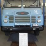 Csepel D-705 típusú nyergesvontató az ÁTI-Sziget Kft. által működtetett ipari parkban kialakított gyártmánymúzeumban Szigetszentmiklóson 2015. május 19-én. Az egykori Csepel Autógyár területén létrehozott múzeumban gépjárműveket, alkatrészeket, fényképeket és dokumentumokat láthat a közönség.MTI Fotó: Illyés Tibor