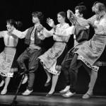 Néptáncosok műsora a szocialista országok fővárosai XIII. ifjúsági találkozójának ünnepélyes megnyitóján a városligeti Petőfi Csarnokban 1986. augusztus 25-én. MTI Fotó: Friedmann Endre