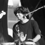 Takács Tamás dobol az Ef Zámbó Happy Band együttesben Közép-Európa első nemzetközi Blues-Fesztiválján a Petőfi Csarnokban 1990. szeptember 14-én. MTI Fotó: Földi Imre