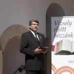 Ócsai Tamás lelkész, a Hetednapi Adventista Egyház elnöke beszél a Vizsoly eljött hozzánk - magyar bibliatörténeti kiállítás megnyitóján a Duna-házban, az erdélyi Torockón, a második Duna-napon 2015. június 6-án. MTI Fotó: Koszticsák Szilárd