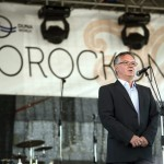 Dobos Menyhért, a Duna Televízió Nonprofit Zrt. vezérigazgatója beszédet mond a második Duna-nap megnyitóján, az erdélyi Torockón 2015. június 6-án. MTI Fotó: Koszticsák Szilárd
