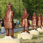 A hét vezér szobra a Történelmi Magyarország Emlékparkban az avatóünnepség napján Kétpón 2015. június 7-én. MTI Fotó: Mészáros János