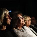 Claudia Cardinale színésznő, a 12. Jameson CineFest Miskolci Nemzetközi Filmfesztivál életműdíjasa (b2), Csöbör Katalin fideszes országgyűlési képviselő (b) és Havas Ágnes, a Magyar Nemzeti Filmalap vezérigazgatója (b3) a fesztivál megnyitóünnepségén 2015. szeptember 11-én. MTI Fotó: Vajda János