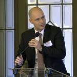 Daniel Anghel, a PwC Románia cégtársa beszél a PwC (Pricewaterhouse Coopers) könyvvizsgáló és üzleti tanácsadó cég régiós konferenciáján a Magyar Tudományos Akadémián 2015. november 19-én, ahol a közép- és kelet-európai országok áfacsalás-elleni közös fellépési lehetőségeit vitatják meg nemzetközi és hazai szakértők. MTI Fotó: Máthé Zoltán