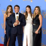 Sylvester Stallone és három lánya a 73. Golden Globe gálán. Fotó: MTI/EPA