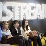 A Ustream Hungary Kft. Lányok napja elnevezésű rendezvényének résztvevői az internetes videoközvetítés-szolgáltató budapesti fejlesztői központjában 2016. április 28-án.<br /> MTI Fotó: Mohai Balázs