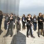 Colleen Bell amerikai nagykövet (j2) résztvevőkkel beszélget a Ustream Hungary Kft. Lányok napja elnevezésű rendezvényén az internetes videoközvetítés-szolgáltató budapesti fejlesztői központjában 2016. április 28-án.<br /> MTI Fotó: Mohai Balázs