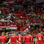 Toulouse, 2016. június 27.<br /> A magyar csapat a szurkolóik előtt a franciaországi labdarúgó Európa-bajnokság nyolcaddöntőjének Magyarország - Belgium mérkőzése végén Toulouse-ban 2016. június 26-án. A magyar válogatott 4-0-ra kikapott Belgiumtól, így kiesett. (MTI/EPA/Vaszil Donyev)