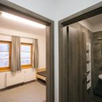 A Hármashatár-hegyi turistaház belső részlete a Guckler Károly-kilátóközpont és a turistaház ünnepélyes átadásán 2016. július 14-én.<br /> MTI Fotó: Mohai Balázs
