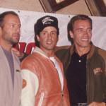 Sylvester Stallone,  Arnold Schwarzenegger és Bruce Willis 1990-ben a Planet Hollywoodban. Fotó: Getty Images