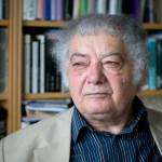 Csoóri Sándor Kossuth- és József Attila-díjas költő, író ürömi otthonában 2009. április 15-én.<br /> MTI Fotó: Kollányi Péter