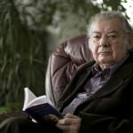 A 2012-ben Kossuth-nagydíjjal kitüntetett Csoóri Sándor író ürömi otthonában 2013. január 29-én.<br /> MTI Fotó: Mohai Balázs