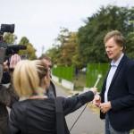 Fodor Gábor, a Magyar Liberális Párt elnöke a sajtónak nyilatkozik, miután leadta szavazatát a gyöngyösi Jeruzsálem úti bölcsődében kialakított 24. szavazókörben a kvótareferendum napján, 2016. október 2-án. A népszavazást a nem magyar állampolgárok Magyarországra történő kötelező betelepítésével kapcsolatban írták ki.<br /> MTI Fotó: Komka Péter