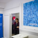 Lévai Anikó, az Ökumenikus Segélyszervezet jószolgálati nagykövete, Orbán Viktor miniszterelnök felesége a csúcstechnikával felszerelt Smart School tanterem átadásán a segélyszervezet miskolci szociális és fejlesztő központjában 2017. március 22-én.<br /> MTI Fotó: Komka Péter