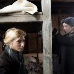 Kurta Niké színésznő, Szász Attila Örök tél című filmjének forgatási szünetében. Fotó: MTI/Koszticsák Szilárd