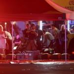 Mentők a Las Vegasban történt lövöldözés helyszínén  (MTI/AP/Las Vegas Review-Journal/Chase Stevens)