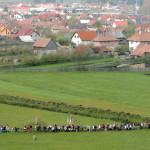 Csíksomlyó, 2008. május 10.<br /> Vonuló zarándokok Csíksomlyón a 442. hagyományos pünkösdi búcsún (MTI-fotó: Oláh Tibor)